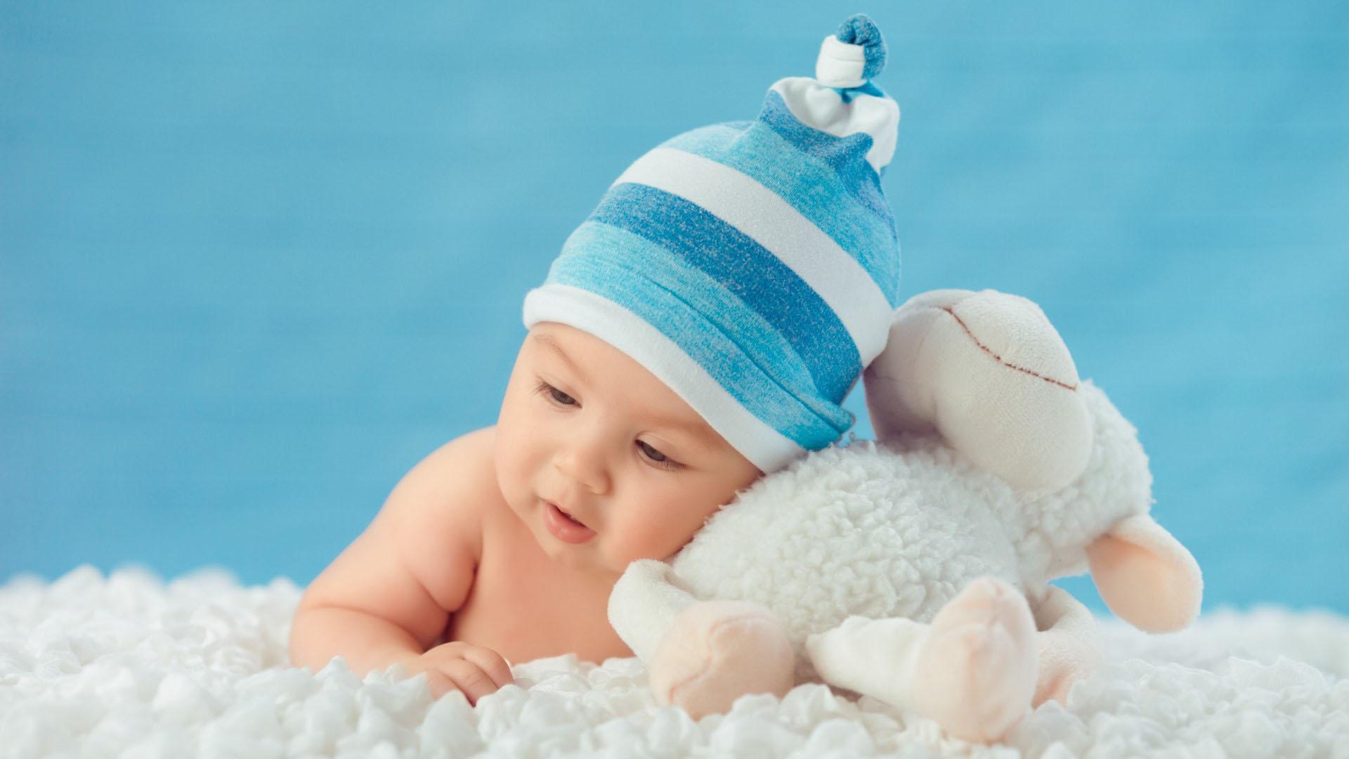 6 Aylık Bebeklerin Gelişimine Katkıda Bulunacak En İyi 13Oyuncak