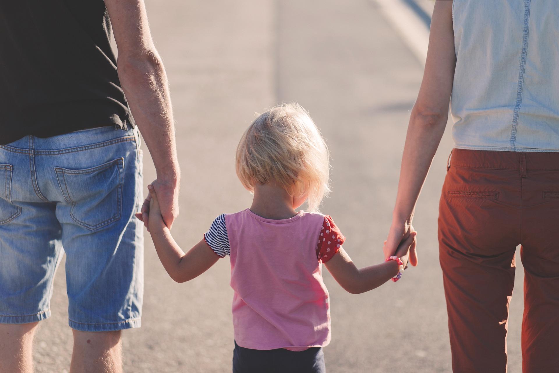 Çocuk Bakıcısı Aile Büyükleri Tarafından Neden Yönlendirilmemelidir?