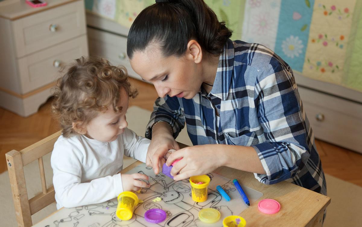 Çocuğunuzun Gelişiminde Tecrübeli Bakıcı Ne Kadar Önemlidir?