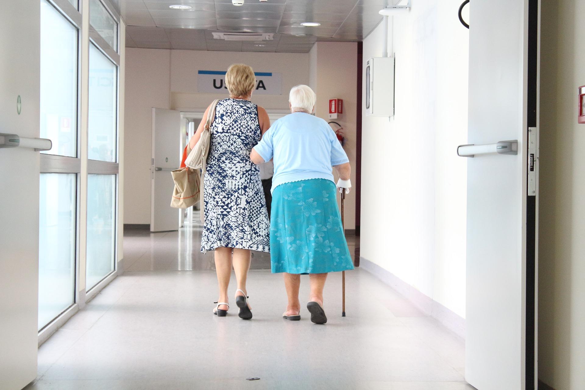 Tecrübeli Yaşlı Bakıcısında Olması Gereken Sekiz Özellik