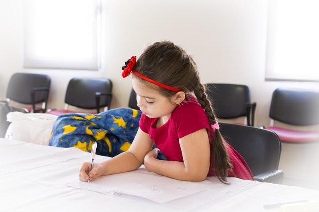 Karne Günü Aileler Çocuklarına Nasıl Bir Davranış Sergilemeliler?