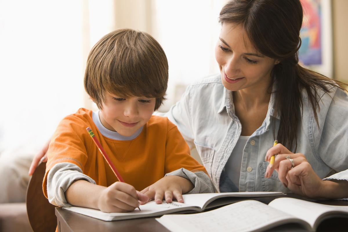 Oyun Ablası ile İngilizce Eğitimi