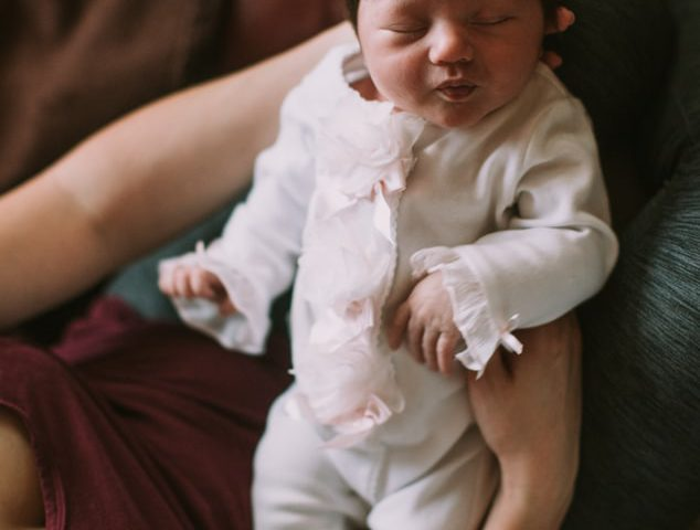 bebeğinizi emzirirken