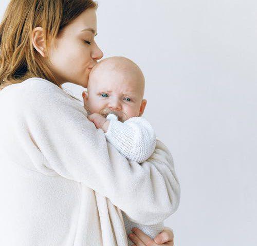 bebeklerde güvenli bağlanma